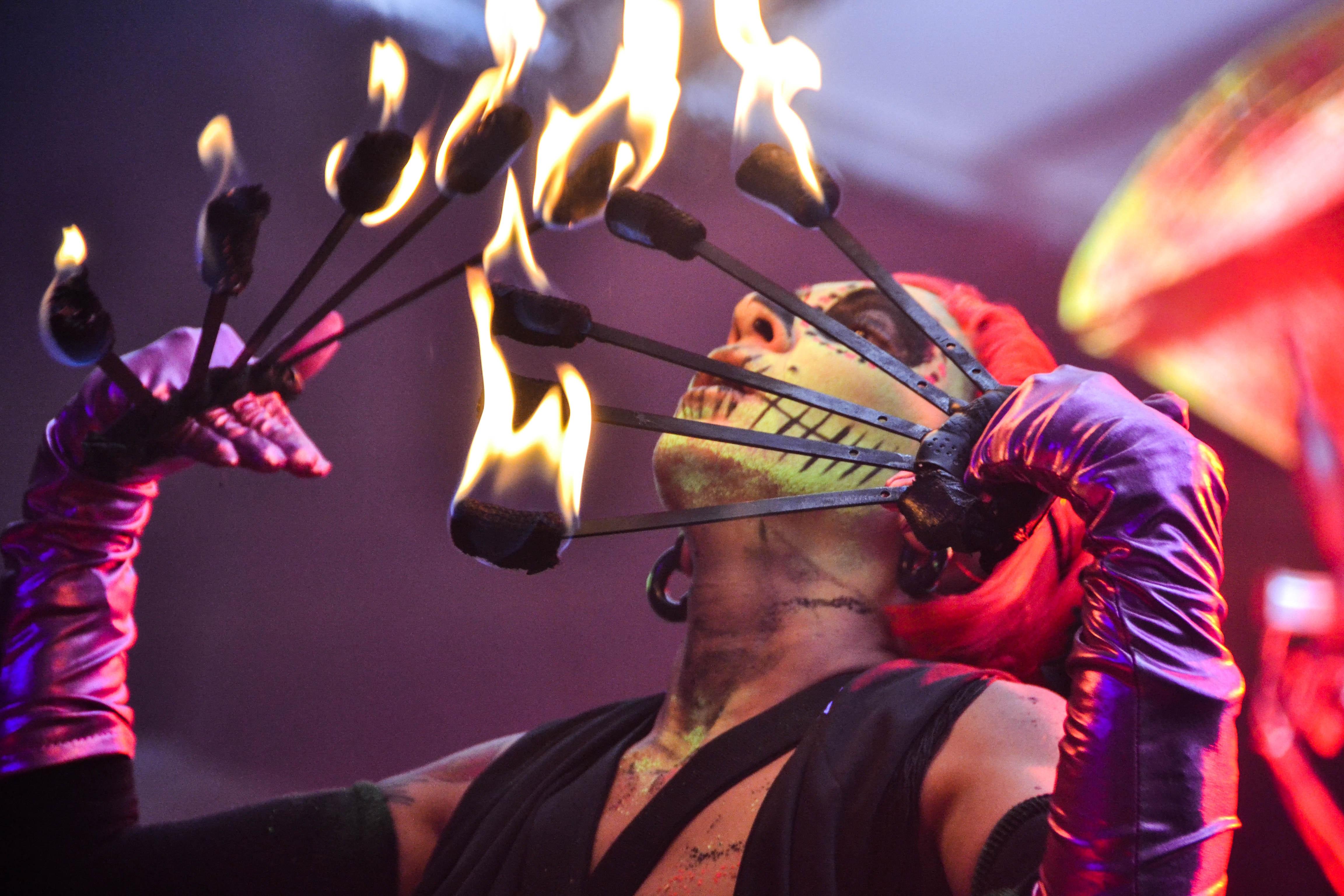 concert-festival-fire-167386.jpg